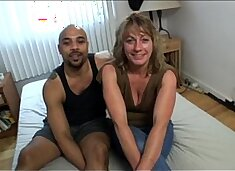 Mature housewife taking black dick in amateur hardcore video