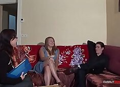 Therapist Gets Bro & Step Sis Get Along With Some Passionate Sex