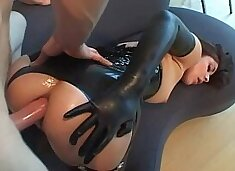 Anal in latex