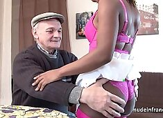 Black slut in lingerie hard ass fucked in threeway with Papy voyeur